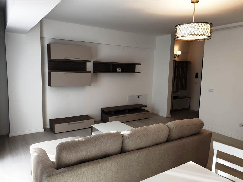 Ap 3 camere, mobilat utilat lux, parcare inclusa, Copou  Universitate, prima inchiriere