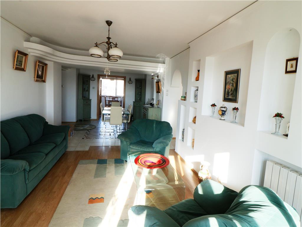 Inchiriere apartament lux zona exclusivista Copou vis a vis de Time Out