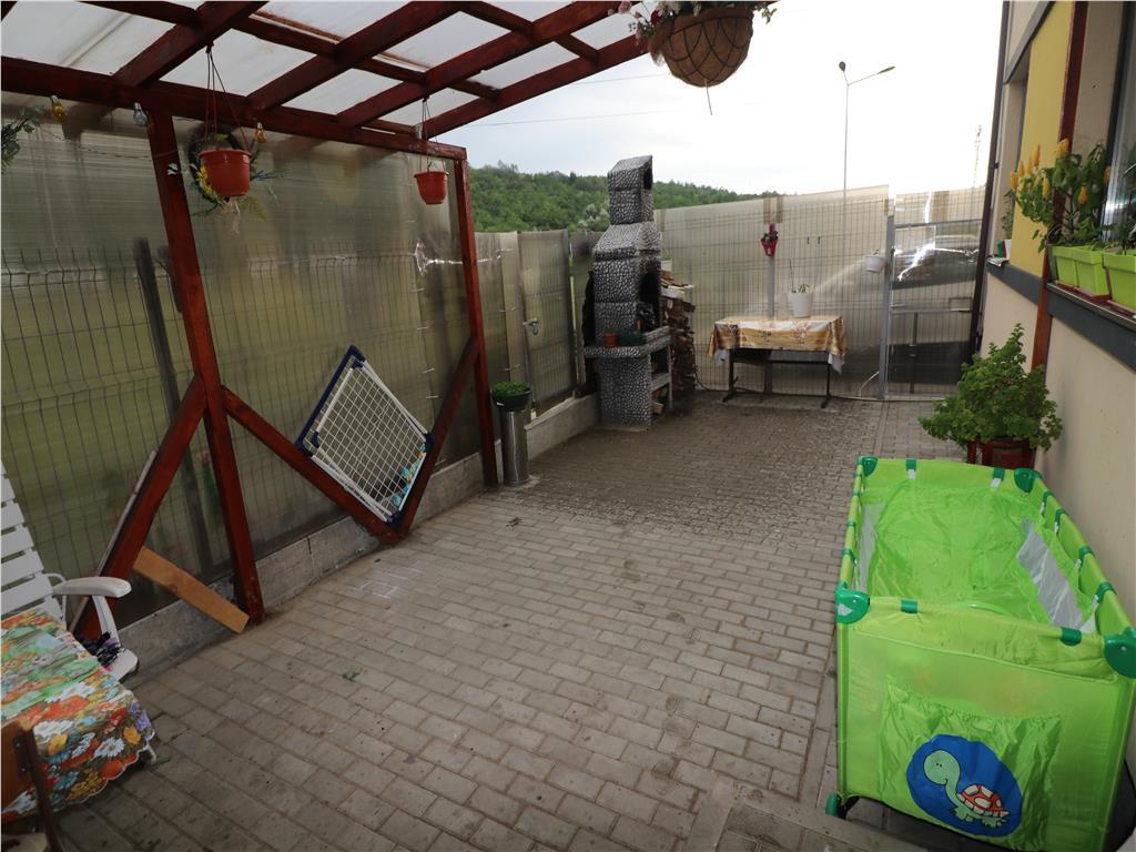 Mutare Imediata,Apartament 2 camere, 40mp utilli+40mp terasa