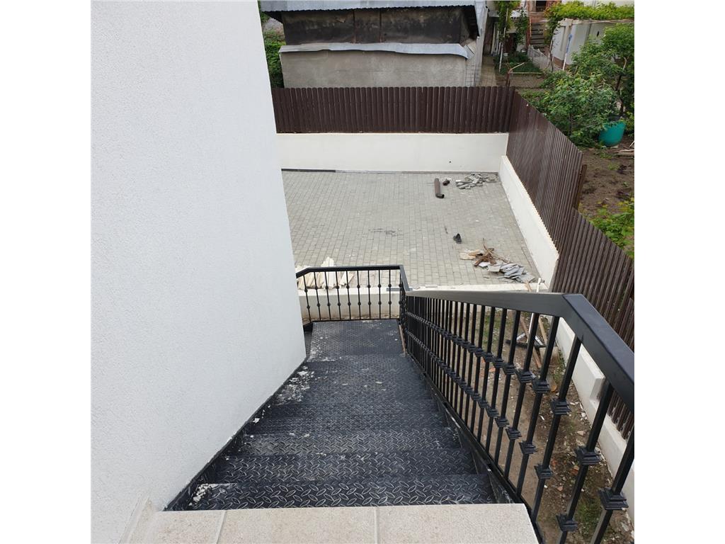 Ap 3 camere, 100 mp, bloc nou, Podul de Fier  Sc. Spectrum