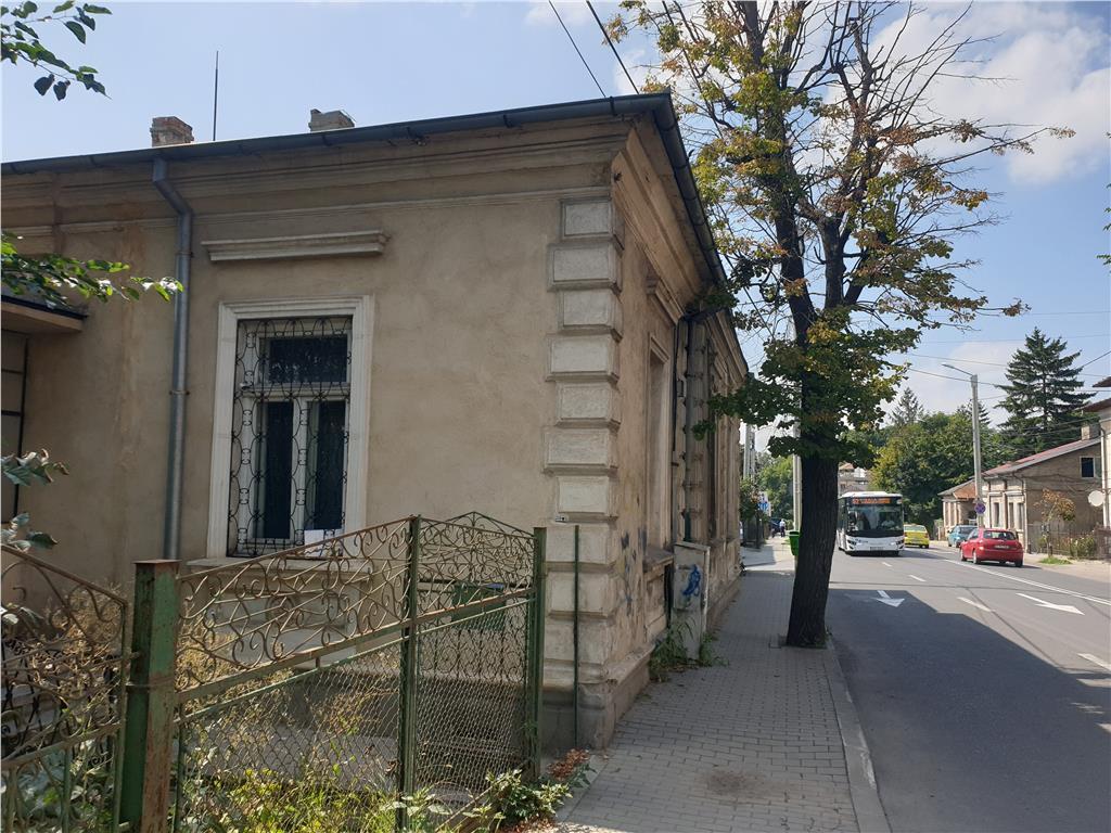Corp casa, monument istoric, 139 mp utili + 418 mp teren, Pacurari  FEG