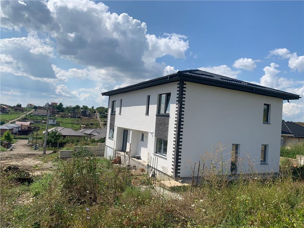 De vanzare, Casa tip Duplex,114mp Utili + 250mp Teren, Bucium, la 800m de Lidl