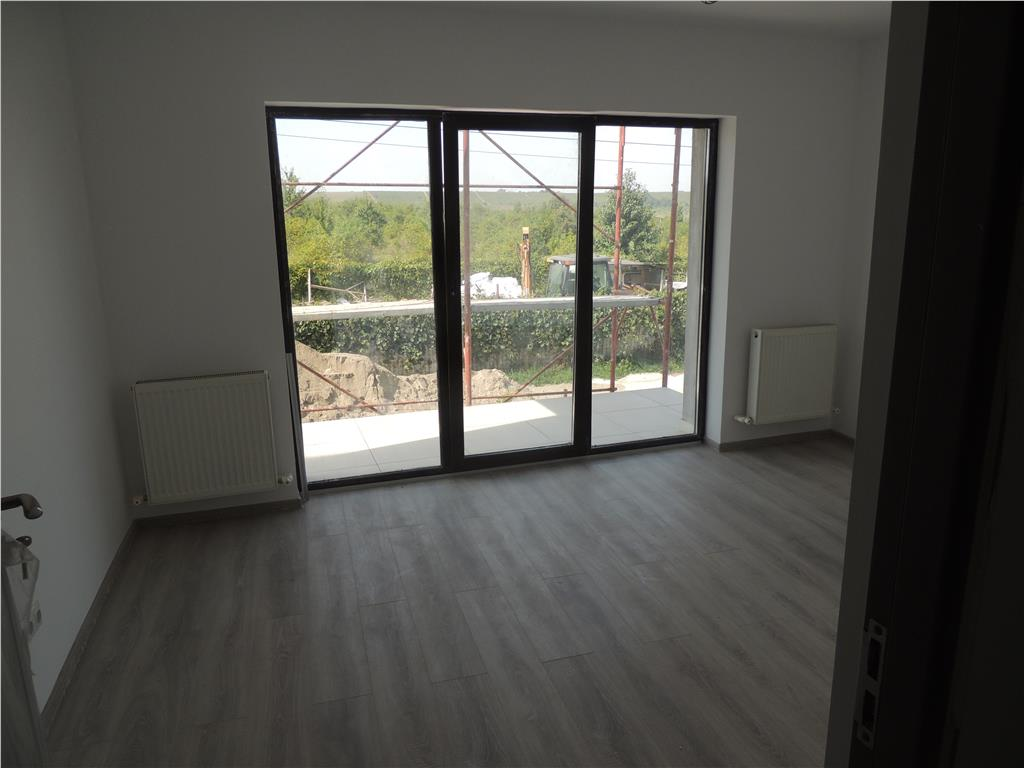 COMISION 0% , Penthouse 3 camere, 96 mp . Bucium