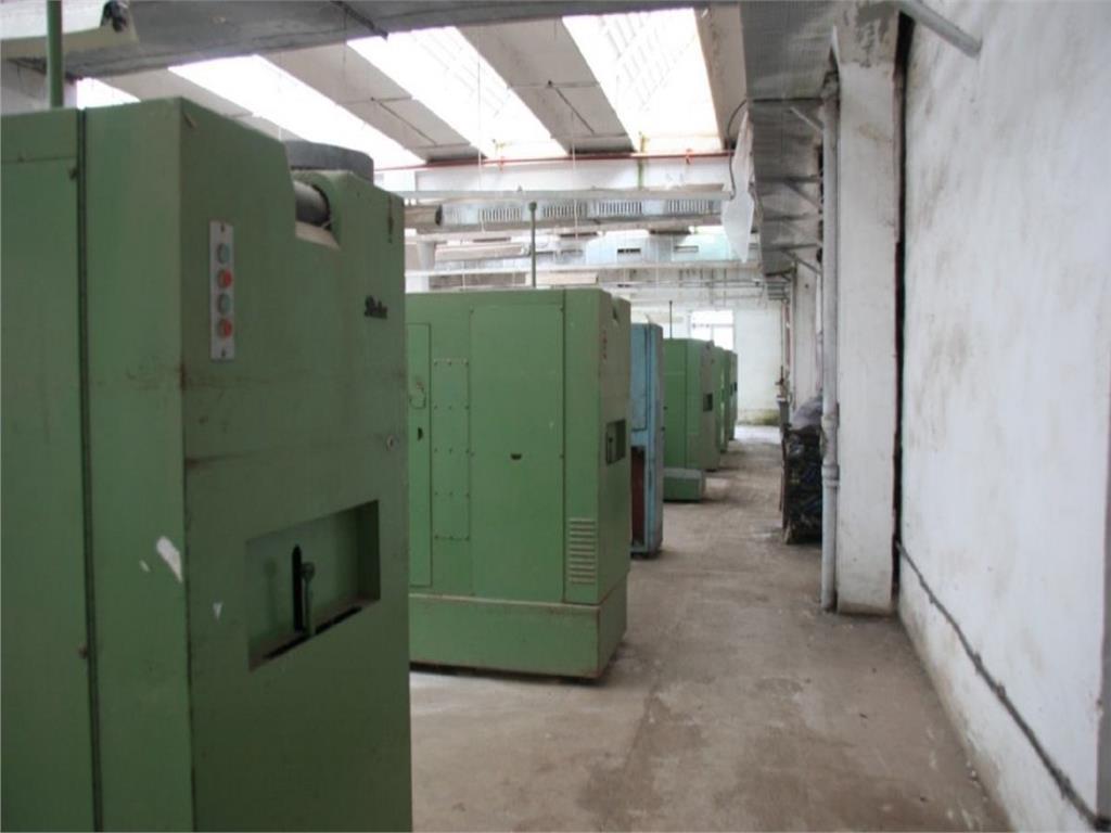 Vanzare spatiu industrial 3600 mp Vladeni