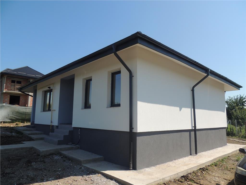 Casa modelul pe parter,Nicolina Valea Adanca, 90 mp si 300 mp teren