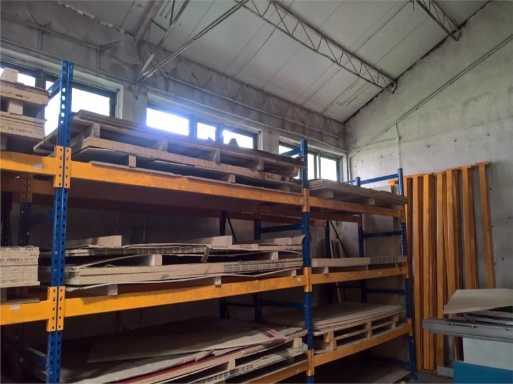 Vanzare Spatiu industrial  700 mp zona industriala Spiroca
