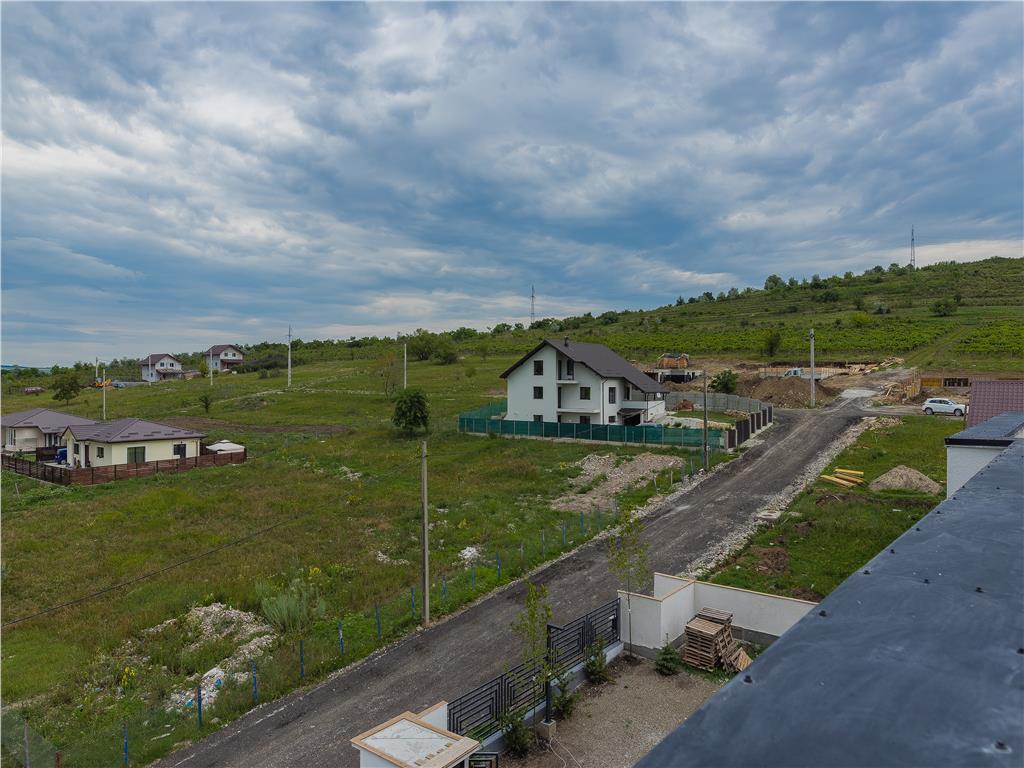 Apartament 2 camere , 51,77 mp utili + 4,65 mp balcon + 38 mp gradina, Bucium