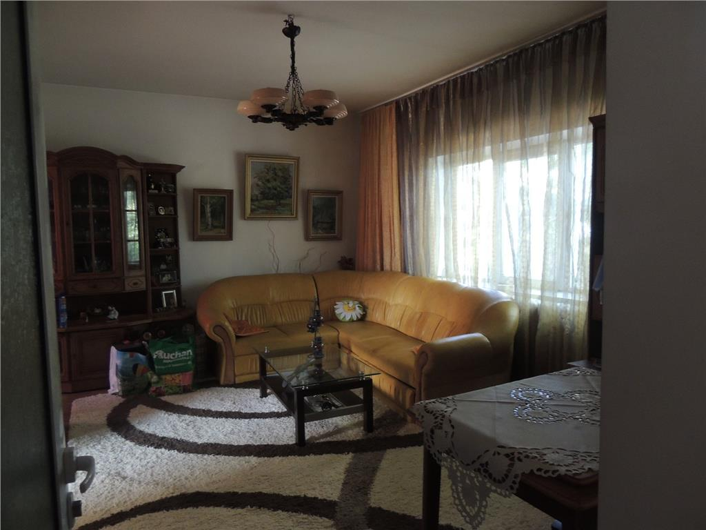 Casa de vanzare Copou  Sararie, 200 mp si 350 mp teren
