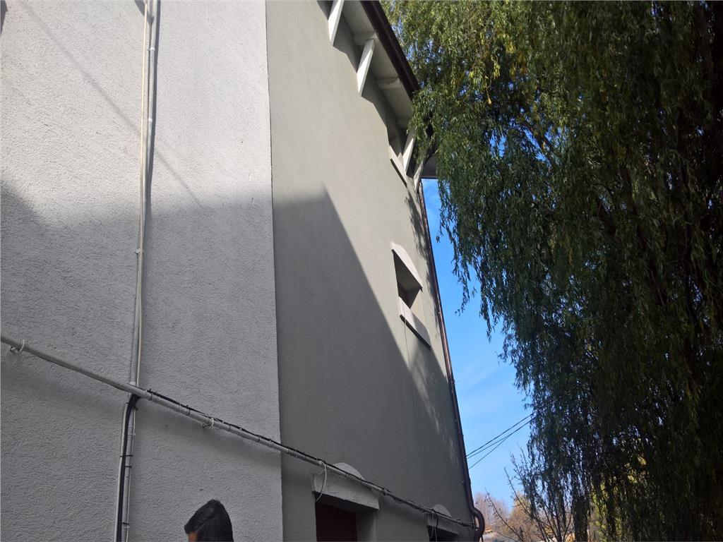 Spatiu business de vanzare,cu vad format 600 mp, Pacurari