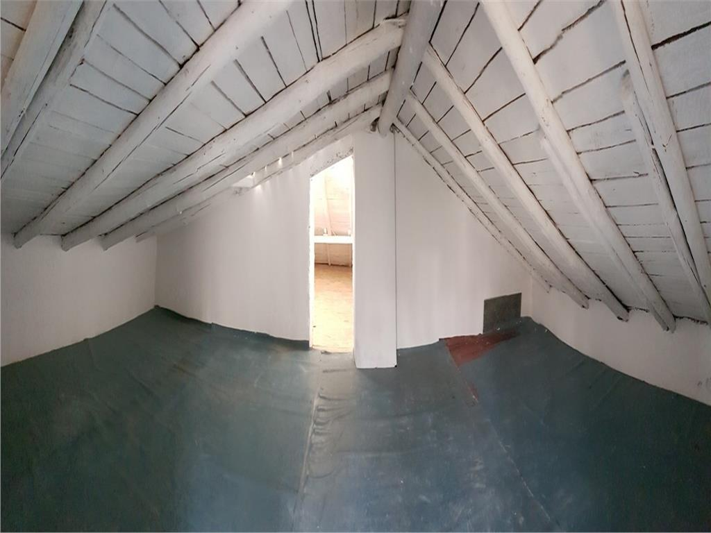 Casa exclusivista, Copou, 131 mp si 145 mp teren
