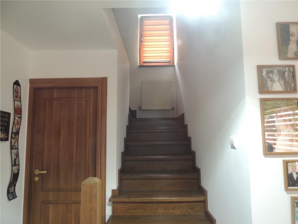 Casa deosebita, 5 camere, 180 mp utili, 600 mp teren, Popas Pacurari  Ideo.