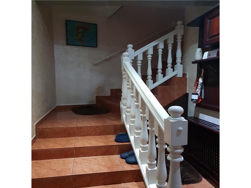 Casa deosebita, PacurariGradina Botanica