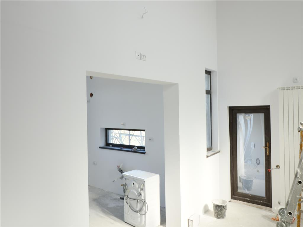 Casa 4 camere, teren 500mp, Galata