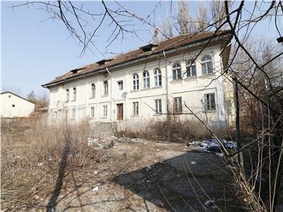 Casa istorica, 700 mp + 3200 mp teren, Tatarasi - Spital Pascanu