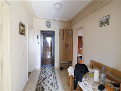 De vanzare, Apartament 4 camere, 2 bai, 73 mp utili, Podu Ros