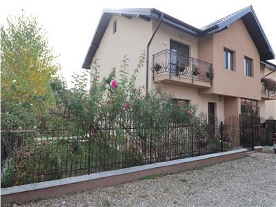 Vila Tip Duplex, la  300 m fata de drumul Iasi- Lunca Cetatuii