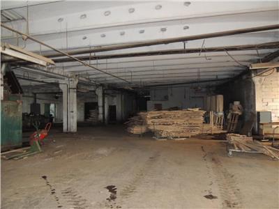 Inchiriere spatiu industrial pentru productie sau depozitare situate la distanta de 70 km de Iasi