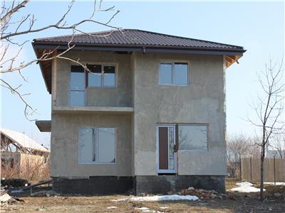 Casa noua, zona Aroneanu, intr-un cadru natural deosebit